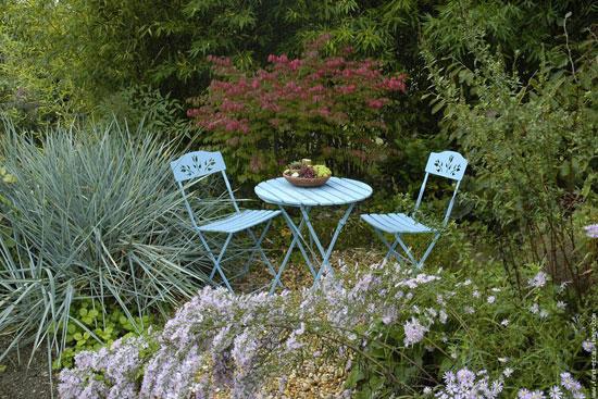 Jardin facile entretenir for Entretenir jardin