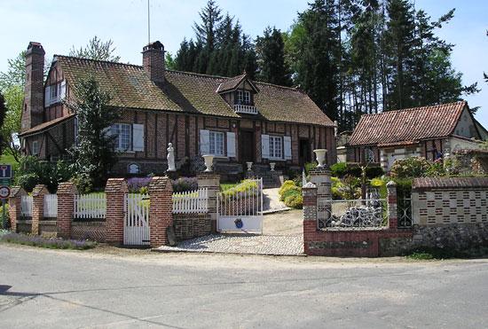 Belle maison briques et colombage restaurée dans la Somme