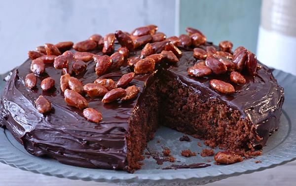 gâteau au chocolat et amandes caramélisées