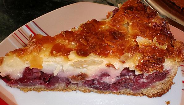 Gâteau autrichien aux cerises et amandes
