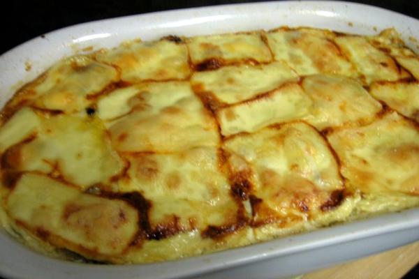 Gratin d'endives au poulet  et fromage à raclette