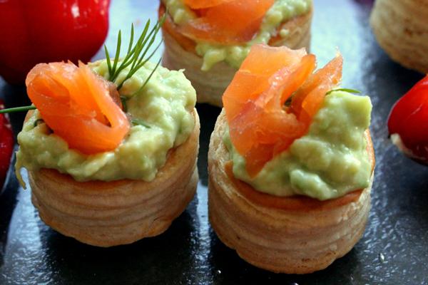 Bouchée guacamole et saumon fumé