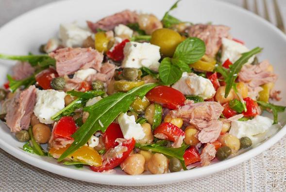 Salade de pois chiche au thon et tomate