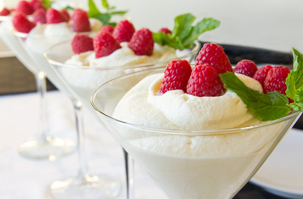 Mousse au chocolat blanc vanillé