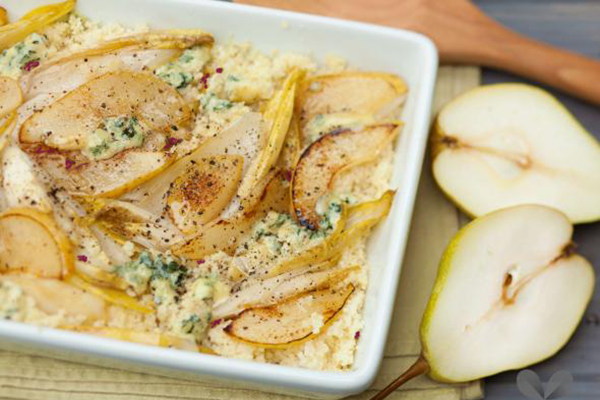 Gratin d'endives au couscous poires  lardons et Roquefort