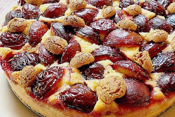 Gâteau aux prunes  et macarons
