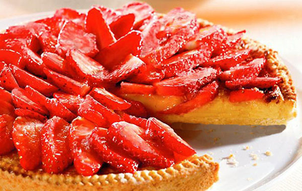 Tarte aux fraises sur fond frangipane