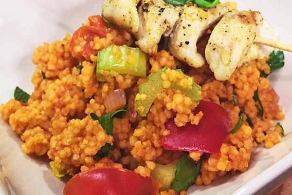 Salade de couscous et poulet grillé