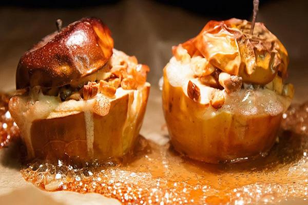 Pommes aux noix et raisins secs