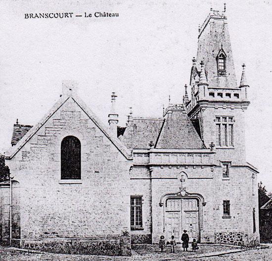 L'entrée vers 1914 - 1918